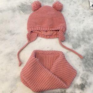 EUC • Zara Baby Set • 6-12m • Hat & Infinity Scarf